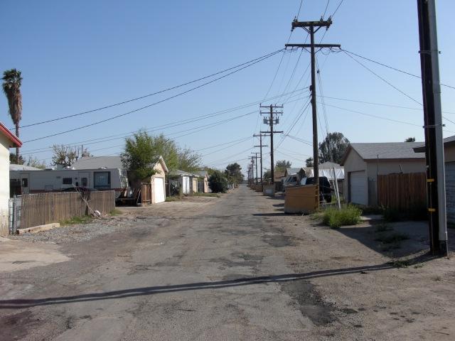 Shitty street in Blythe